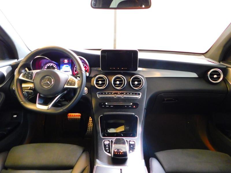 Photo 2 de l'offre de MERCEDES-BENZ GLC 250 d 204ch Executive 4Matic 9G-Tronic à 37900€ chez Autovia Véhicules Multimarques