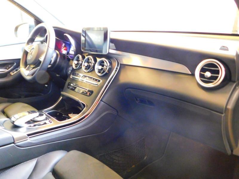 Photo 8 de l'offre de MERCEDES-BENZ GLC 250 d 204ch Executive 4Matic 9G-Tronic à 37900€ chez Autovia Véhicules Multimarques