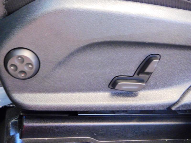 Photo 13 de l'offre de MERCEDES-BENZ GLC 250 d 204ch Executive 4Matic 9G-Tronic à 37900€ chez Autovia Véhicules Multimarques
