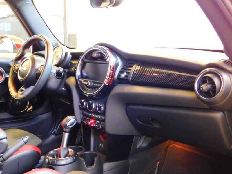 Photo 9 de l'offre de MINI Mini John Cooper Works 231ch BVAS à 30900€ chez Autovia Véhicules Multimarques
