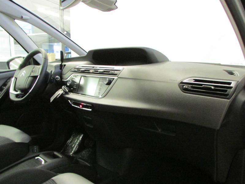 Photo 16 de l'offre de CITROEN Grand C4 Picasso BlueHDi 120ch Shine S&S EAT6 à 17990€ chez Autovia Véhicules Multimarques
