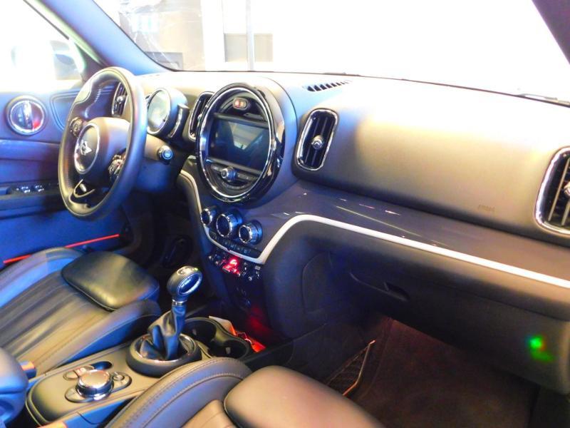 Photo 8 de l'offre de MINI Countryman Cooper SD 190ch Exquisite ALL4 BVA à 30990€ chez Autovia Véhicules Multimarques