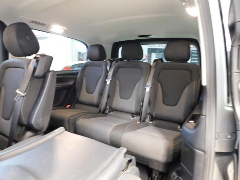 Photo 3 de l'offre de MERCEDES-BENZ Classe V 220 CDI Long 7G-Tronic Plus à 34900€ chez Autovia Véhicules Multimarques