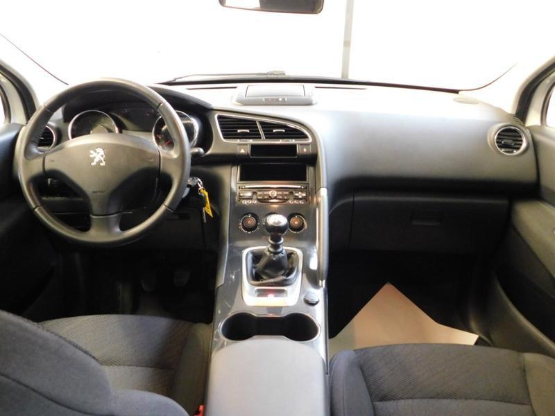 Photo 2 de l'offre de PEUGEOT 3008 1.6 BlueHDi 120ch Business S&S à 13890€ chez Autovia Véhicules Multimarques