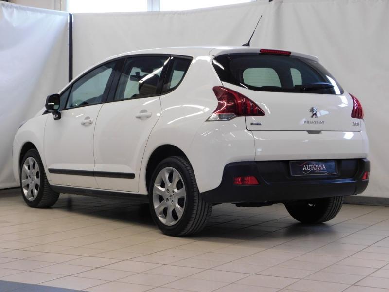 Photo 6 de l'offre de PEUGEOT 3008 1.6 BlueHDi 120ch Business S&S à 13890€ chez Autovia Véhicules Multimarques
