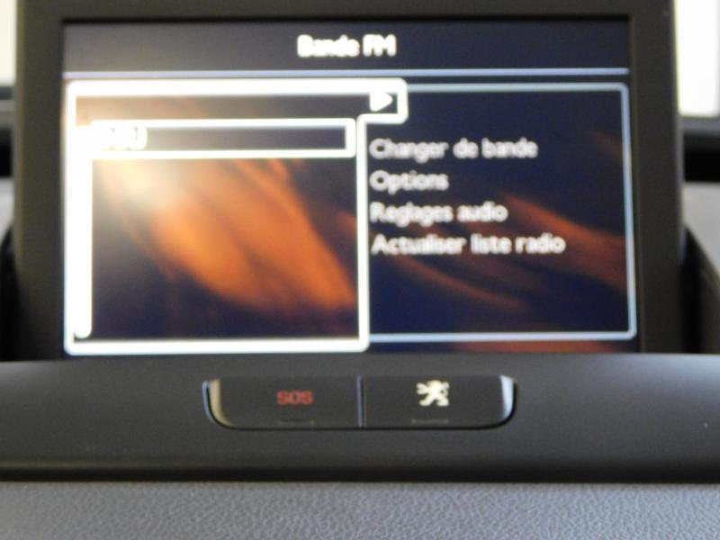 Photo 17 de l'offre de PEUGEOT 3008 1.6 BlueHDi 120ch Business S&S à 13890€ chez Autovia Véhicules Multimarques