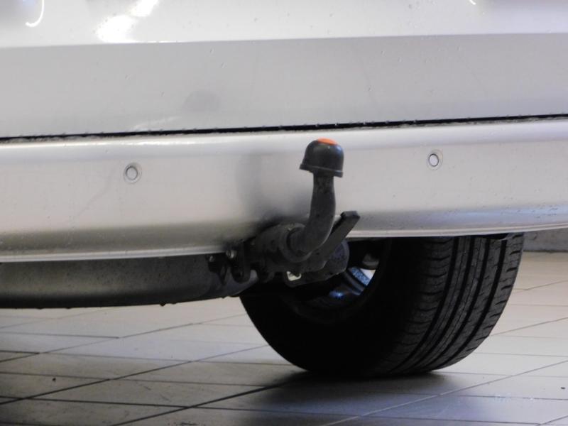 Photo 7 de l'offre de MERCEDES-BENZ Classe V 220 CDI Long 7G-Tronic Plus à 34900€ chez Autovia Véhicules Multimarques