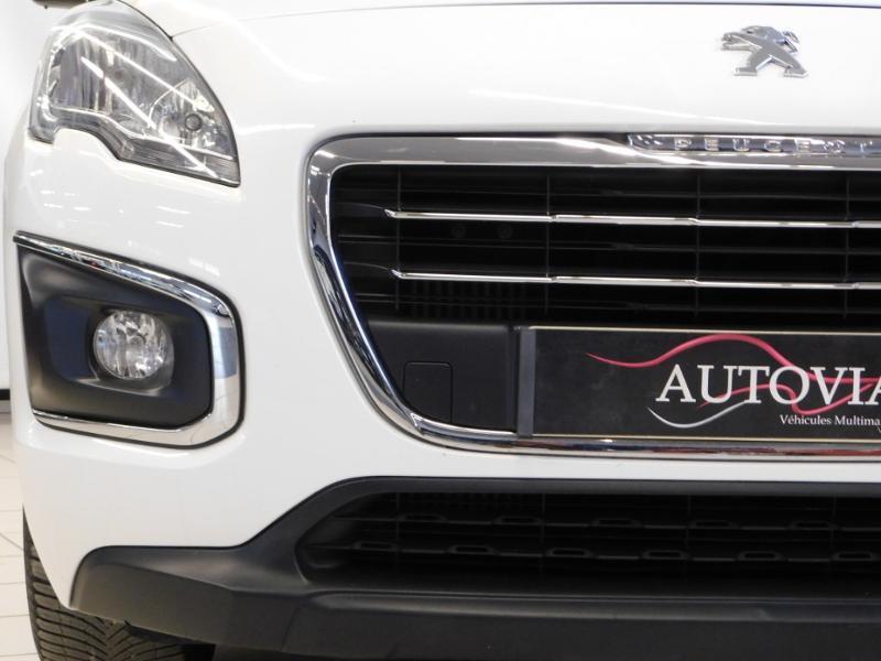 Photo 7 de l'offre de PEUGEOT 3008 1.6 BlueHDi 120ch Business S&S à 13890€ chez Autovia Véhicules Multimarques