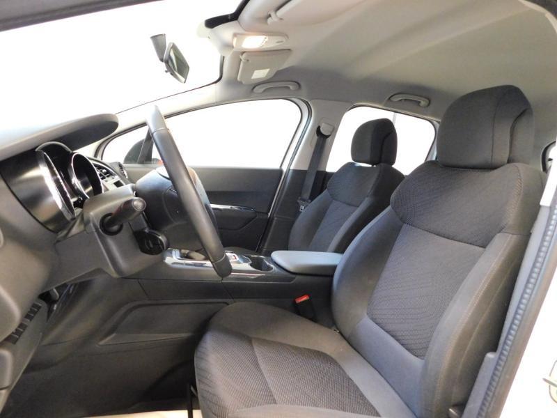 Photo 11 de l'offre de PEUGEOT 3008 1.6 BlueHDi 120ch Business S&S à 13890€ chez Autovia Véhicules Multimarques