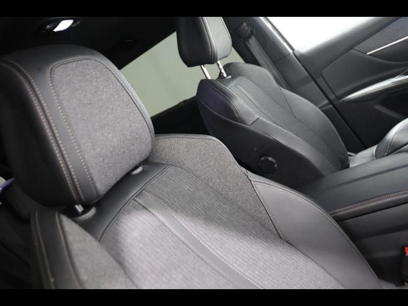 Photo 10 de l'offre de PEUGEOT 5008 1.5 BlueHDi 130ch E6.c GT Line S&S EAT8 à 30990€ chez Autovia Véhicules Multimarques
