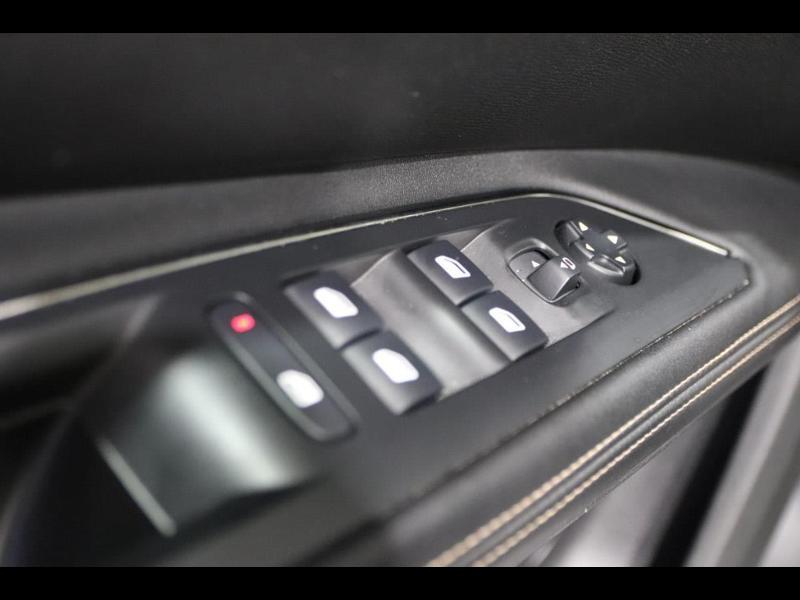Photo 14 de l'offre de PEUGEOT 5008 1.5 BlueHDi 130ch E6.c GT Line S&S EAT8 à 30990€ chez Autovia Véhicules Multimarques