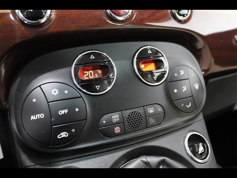 Photo 21 de l'offre de FIAT 500 1.3 Multijet 16v 95ch DPF S&S Riva (volant bois) à 15990€ chez Autovia Véhicules Multimarques
