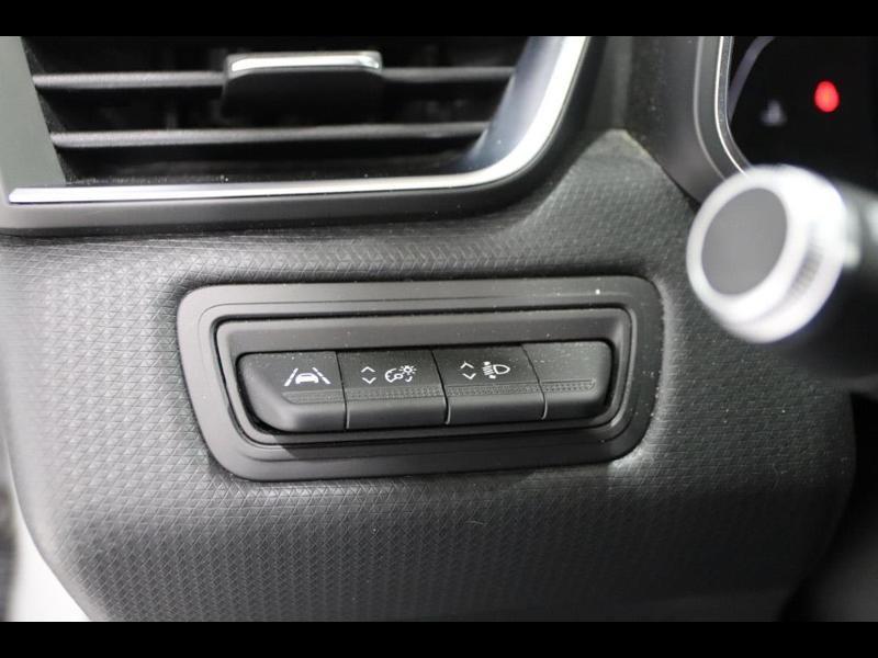 Photo 16 de l'offre de RENAULT Clio 1.0 TCe 100ch Intens à 16490€ chez Autovia Véhicules Multimarques