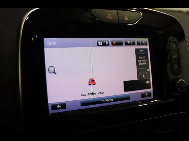 Photo 23 de l'offre de RENAULT Clio 1.2 TCe 120ch energy Initiale Paris EDC 5p à 16990€ chez Autovia Véhicules Multimarques