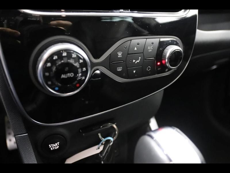 Photo 26 de l'offre de RENAULT Clio 1.2 TCe 120ch energy Initiale Paris EDC 5p à 16990€ chez Autovia Véhicules Multimarques