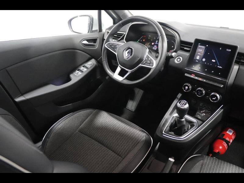 Photo 2 de l'offre de RENAULT Clio 1.0 TCe 100ch Intens à 16490€ chez Autovia Véhicules Multimarques