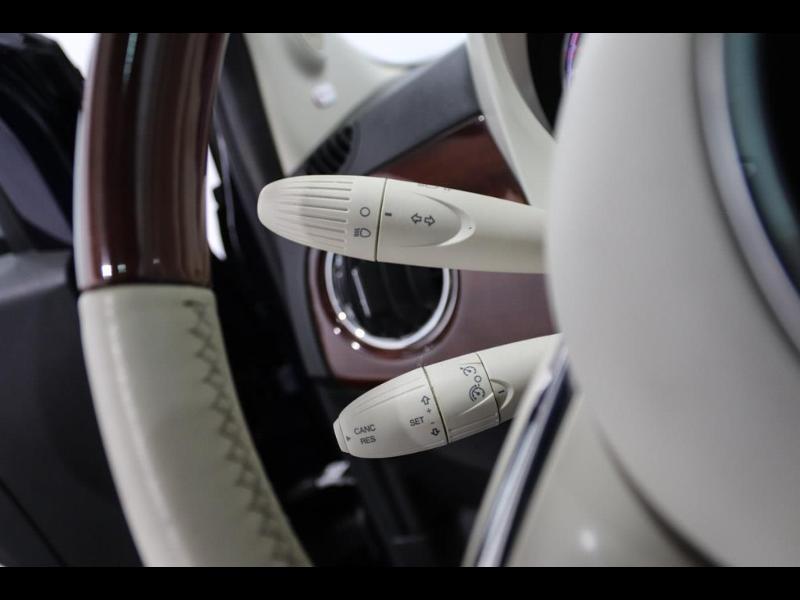 Photo 14 de l'offre de FIAT 500 1.3 Multijet 16v 95ch DPF S&S Riva (volant bois) à 15990€ chez Autovia Véhicules Multimarques