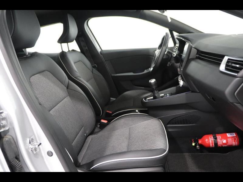Photo 19 de l'offre de RENAULT Clio 1.0 TCe 100ch Intens à 16490€ chez Autovia Véhicules Multimarques