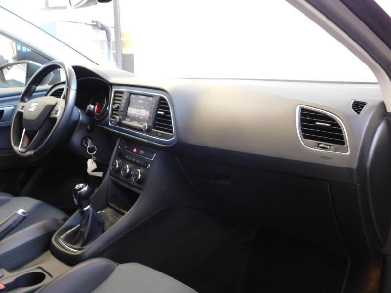 Photo 11 de l'offre de SEAT Leon 1.2 TSI 110ch Connect Start&Stop à 12990€ chez Autovia Véhicules Multimarques