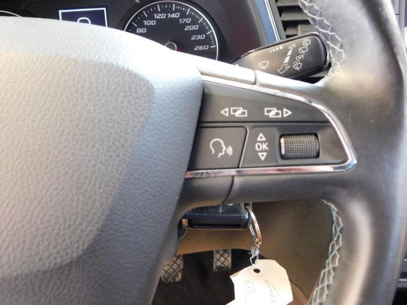 Photo 18 de l'offre de SEAT Leon 1.2 TSI 110ch Connect Start&Stop à 12990€ chez Autovia Véhicules Multimarques