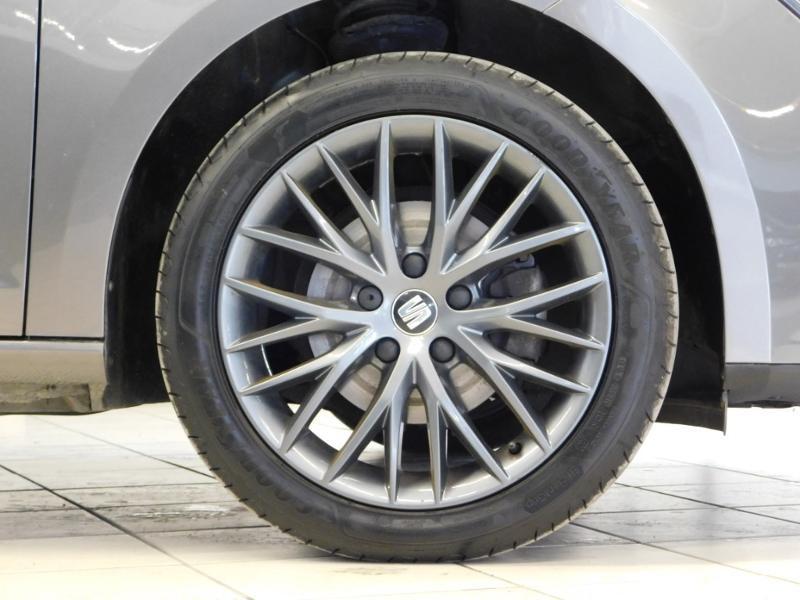 Photo 5 de l'offre de SEAT Leon 1.2 TSI 110ch Connect Start&Stop à 12990€ chez Autovia Véhicules Multimarques