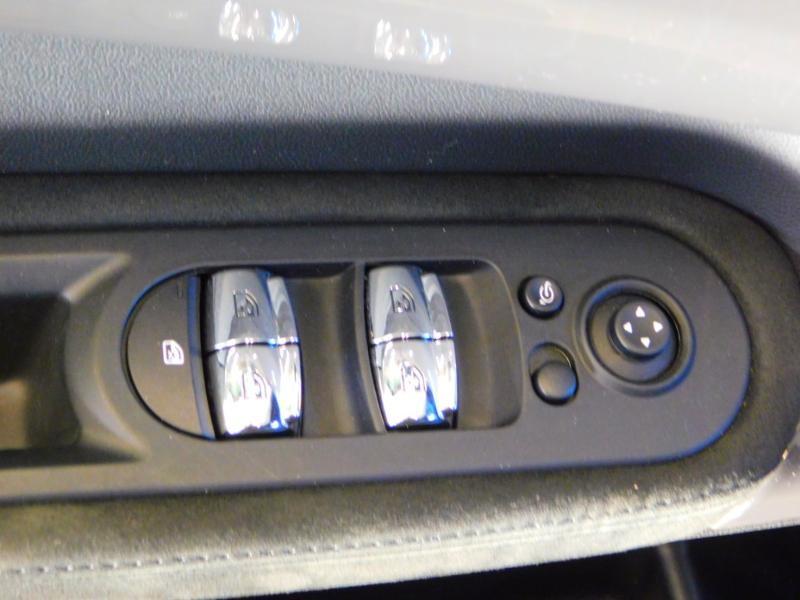 Photo 11 de l'offre de MINI Countryman Cooper SD 190ch Exquisite ALL4 BVA à 30990€ chez Autovia Véhicules Multimarques