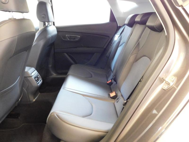 Photo 3 de l'offre de SEAT Leon 1.2 TSI 110ch Connect Start&Stop à 12990€ chez Autovia Véhicules Multimarques