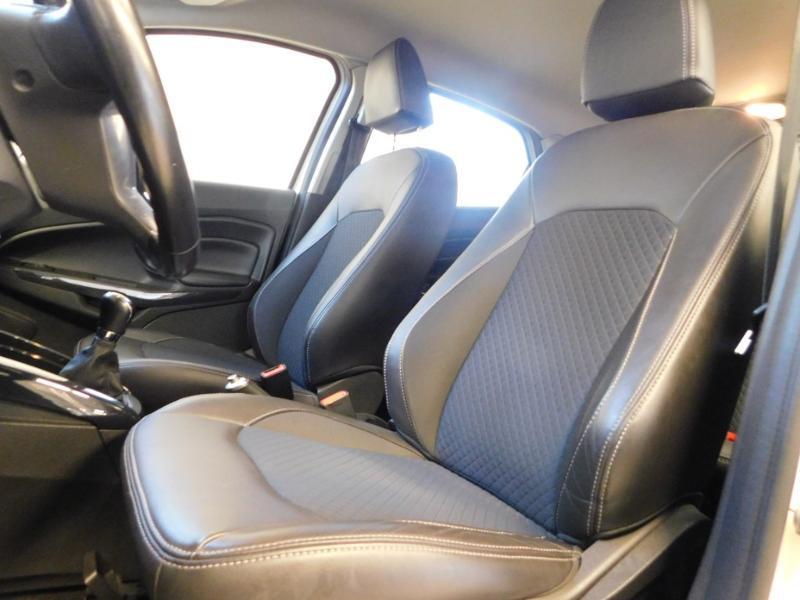 Photo 10 de l'offre de FORD EcoSport 1.0 EcoBoost 125ch Titanium à 12990€ chez Autovia Véhicules Multimarques