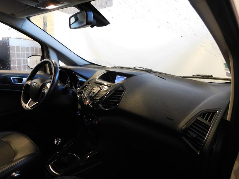 Photo 9 de l'offre de FORD EcoSport 1.0 EcoBoost 125ch Titanium à 12990€ chez Autovia Véhicules Multimarques