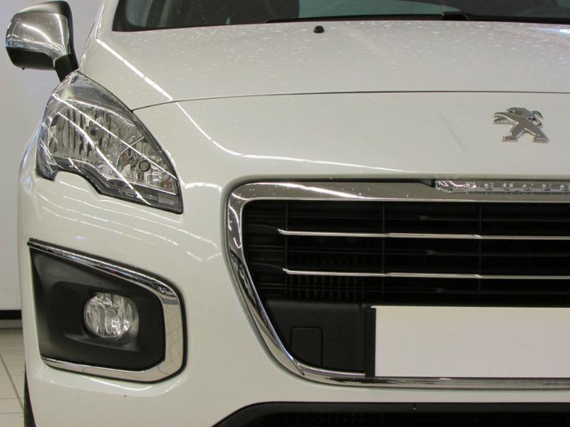 Photo 6 de l'offre de PEUGEOT 3008 1.6 BlueHDi 120ch Allure S&S à 14290€ chez Autovia Véhicules Multimarques