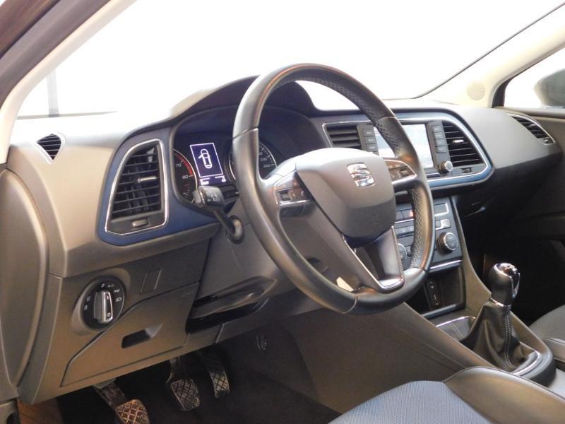Photo 10 de l'offre de SEAT Leon 1.2 TSI 110ch Connect Start&Stop à 12990€ chez Autovia Véhicules Multimarques