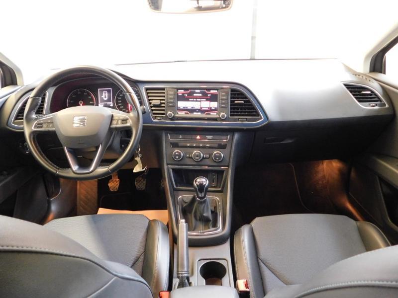 Photo 2 de l'offre de SEAT Leon 1.2 TSI 110ch Connect Start&Stop à 12990€ chez Autovia Véhicules Multimarques