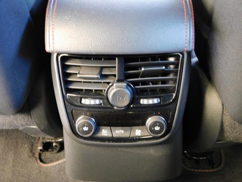 Photo 14 de l'offre de PEUGEOT 508 2.0 BlueHDi 180ch FAP GT EAT6 à 19890€ chez Autovia Véhicules Multimarques