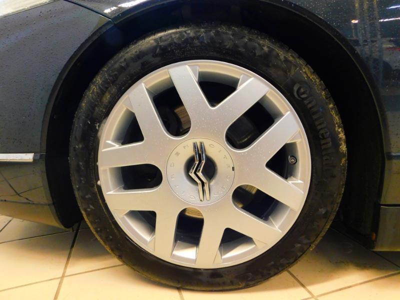 Photo 4 de l'offre de CITROEN C6 2.7 V6 HDi Exclusive FAP à 16990€ chez Autovia Véhicules Multimarques
