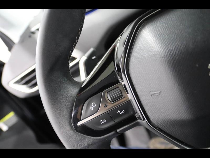 Photo 16 de l'offre de PEUGEOT 3008 1.5 BlueHDi 130ch E6.c Active S&S EAT8 à 26490€ chez Autovia Véhicules Multimarques