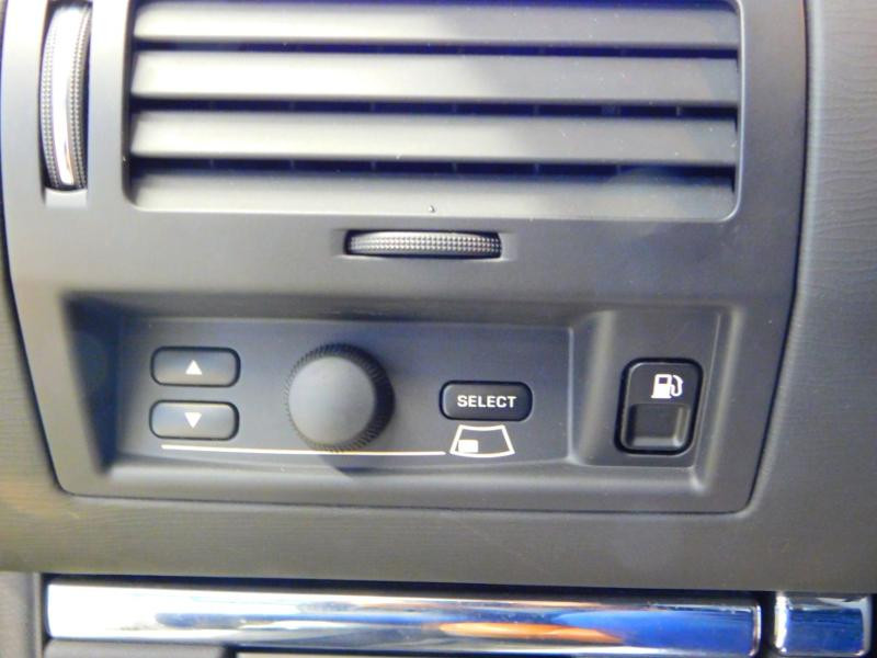 Photo 7 de l'offre de CITROEN C6 2.7 V6 HDi Exclusive FAP à 16990€ chez Autovia Véhicules Multimarques