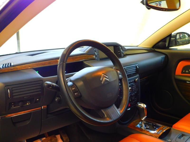 Photo 23 de l'offre de CITROEN C6 2.7 V6 HDi Exclusive FAP à 16990€ chez Autovia Véhicules Multimarques
