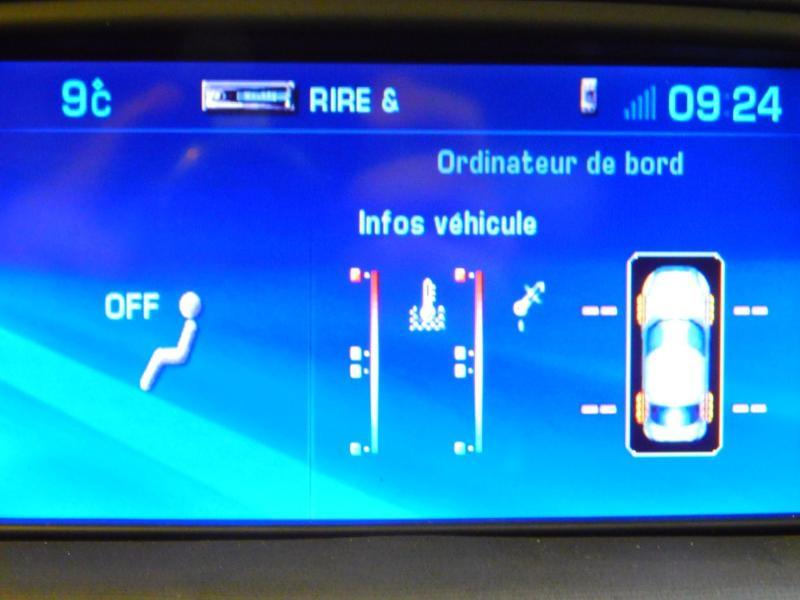 Photo 17 de l'offre de CITROEN C6 2.7 V6 HDi Exclusive FAP à 16990€ chez Autovia Véhicules Multimarques