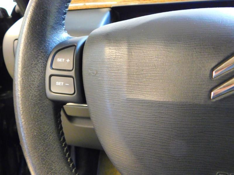 Photo 10 de l'offre de CITROEN C6 2.7 V6 HDi Exclusive FAP à 16990€ chez Autovia Véhicules Multimarques