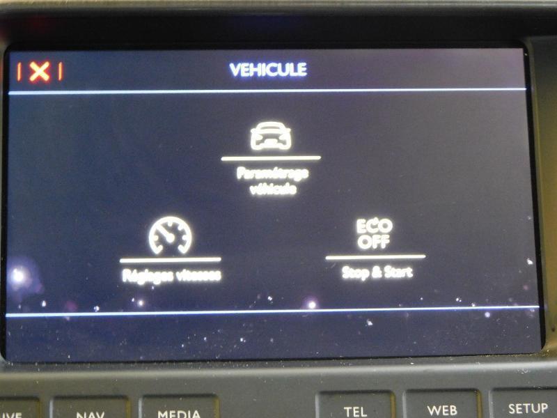 Photo 23 de l'offre de CITROEN DS5 2.0 BlueHDi180 Sport Chic S&S EAT6 à 15990€ chez Autovia Véhicules Multimarques