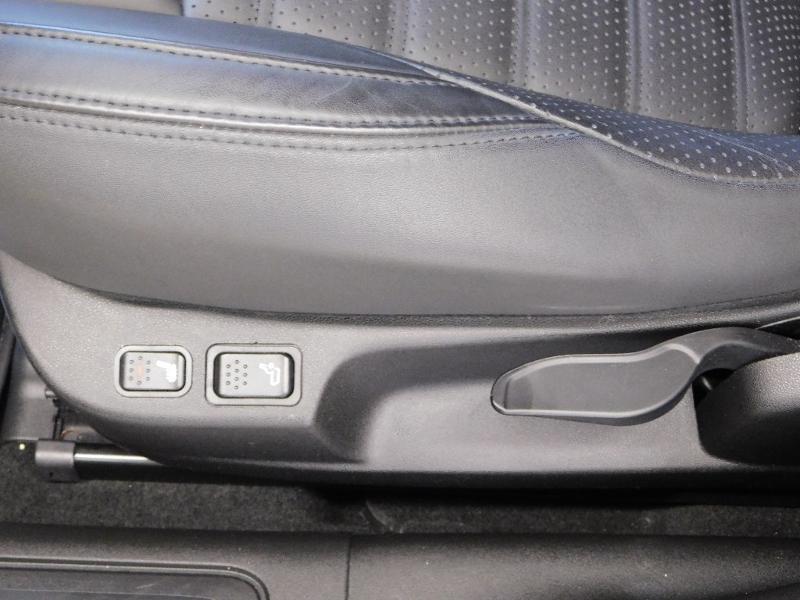 Photo 11 de l'offre de ALFA ROMEO Giulietta 2.0 JTDm 150ch Business Stop&Start à 16490€ chez Autovia Véhicules Multimarques