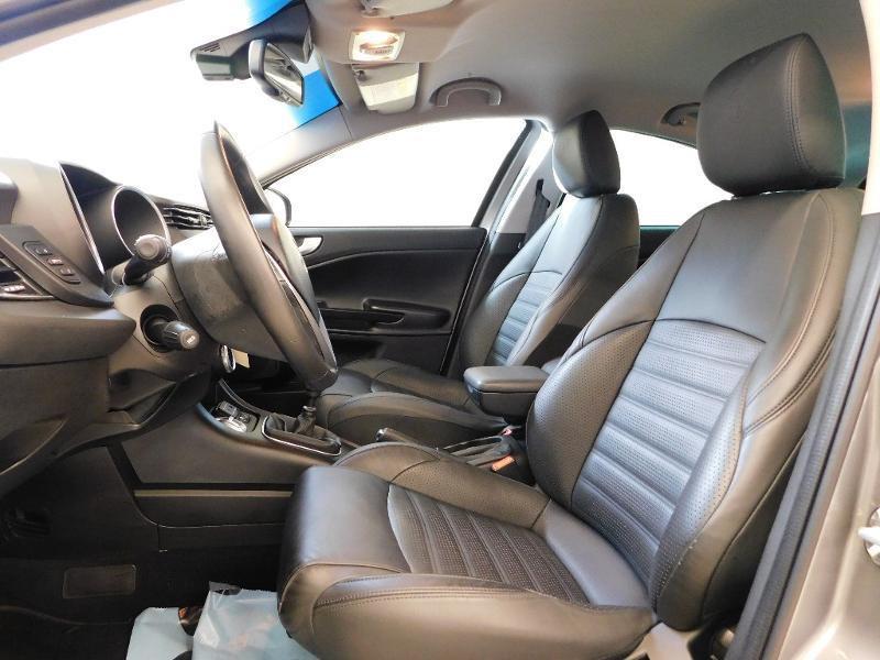 Photo 3 de l'offre de ALFA ROMEO Giulietta 2.0 JTDm 150ch Business Stop&Start à 16490€ chez Autovia Véhicules Multimarques