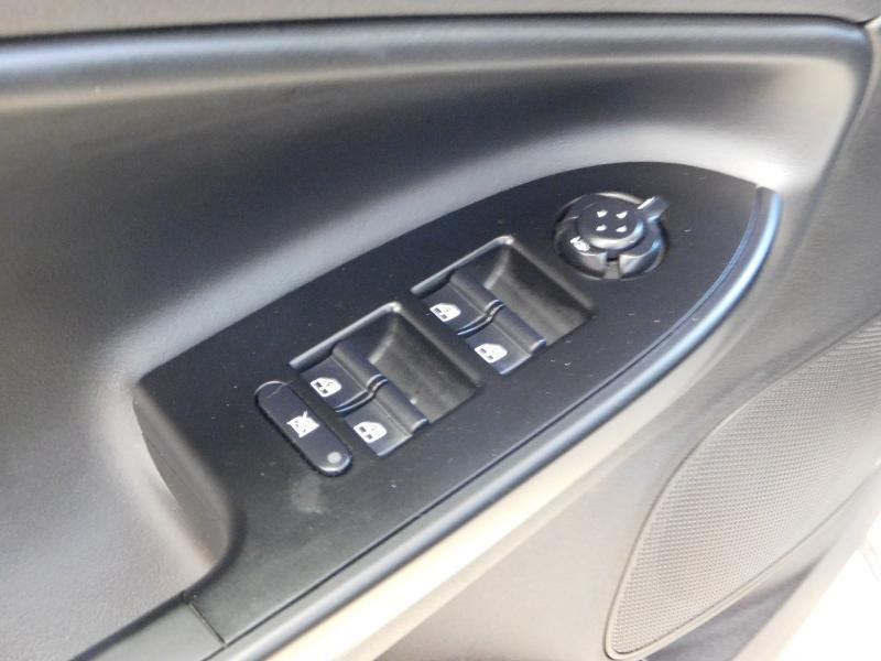 Photo 10 de l'offre de ALFA ROMEO Giulietta 2.0 JTDm 150ch Business Stop&Start à 16490€ chez Autovia Véhicules Multimarques