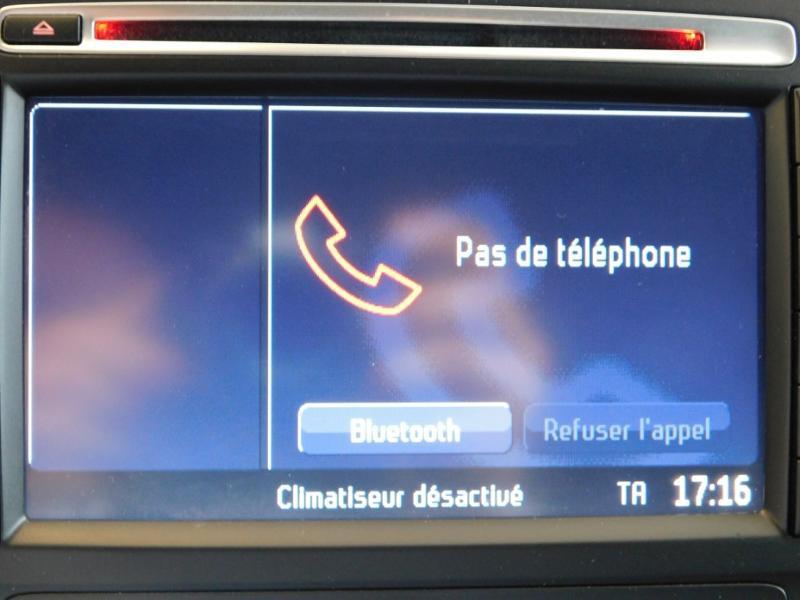 Photo 20 de l'offre de FORD Mondeo 2.0 TDCi 140ch FAP ECO Business Nav PowerShift 5p à 9990€ chez Autovia Véhicules Multimarques