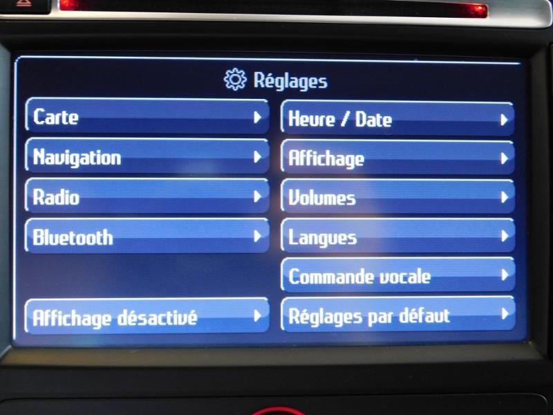 Photo 21 de l'offre de FORD Mondeo 2.0 TDCi 140ch FAP ECO Business Nav PowerShift 5p à 9990€ chez Autovia Véhicules Multimarques
