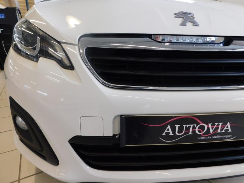 Photo 6 de l'offre de PEUGEOT 108 1.0 VTi Style 3p à 8290€ chez Autovia Véhicules Multimarques