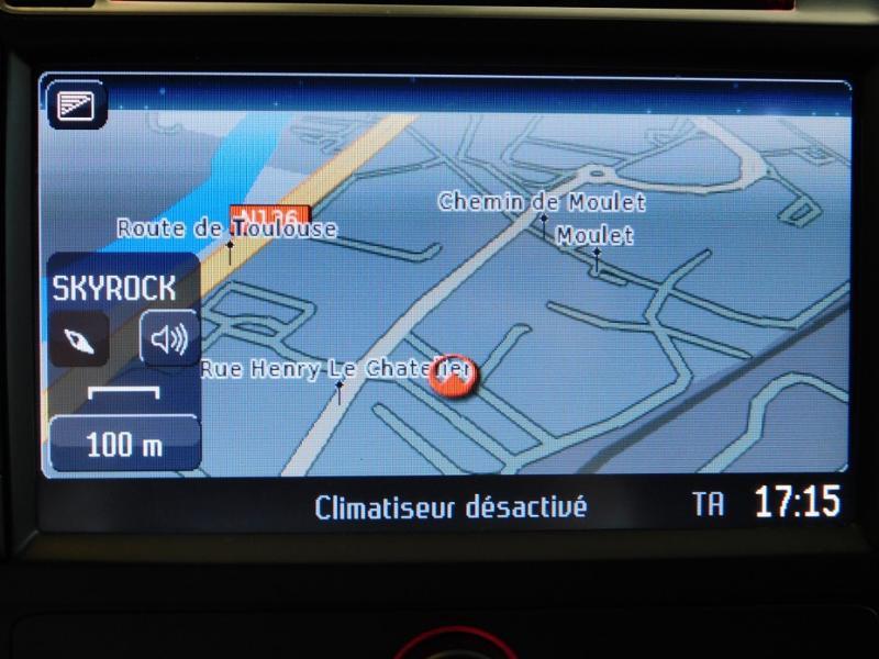 Photo 8 de l'offre de FORD Mondeo 2.0 TDCi 140ch FAP ECO Business Nav PowerShift 5p à 9990€ chez Autovia Véhicules Multimarques