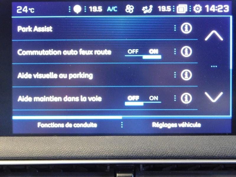 Photo 25 de l'offre de PEUGEOT 3008 2.0 BlueHDi 180ch GT S&S EAT6 à 24990€ chez Autovia Véhicules Multimarques