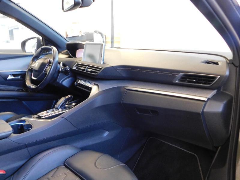 Photo 15 de l'offre de PEUGEOT 3008 2.0 BlueHDi 180ch GT S&S EAT6 à 24990€ chez Autovia Véhicules Multimarques