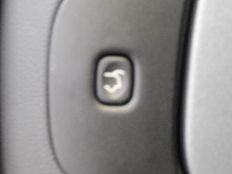 Photo 24 de l'offre de JEEP Cherokee 2.2 MultiJet 185ch Longitude Executive Active Drive I BVA S/S à 22890€ chez Autovia Véhicules Multimarques